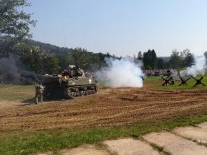 TESLA podporuje Tankový den Lešany foto 1