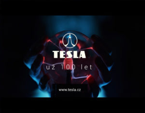 TESLA 100 let