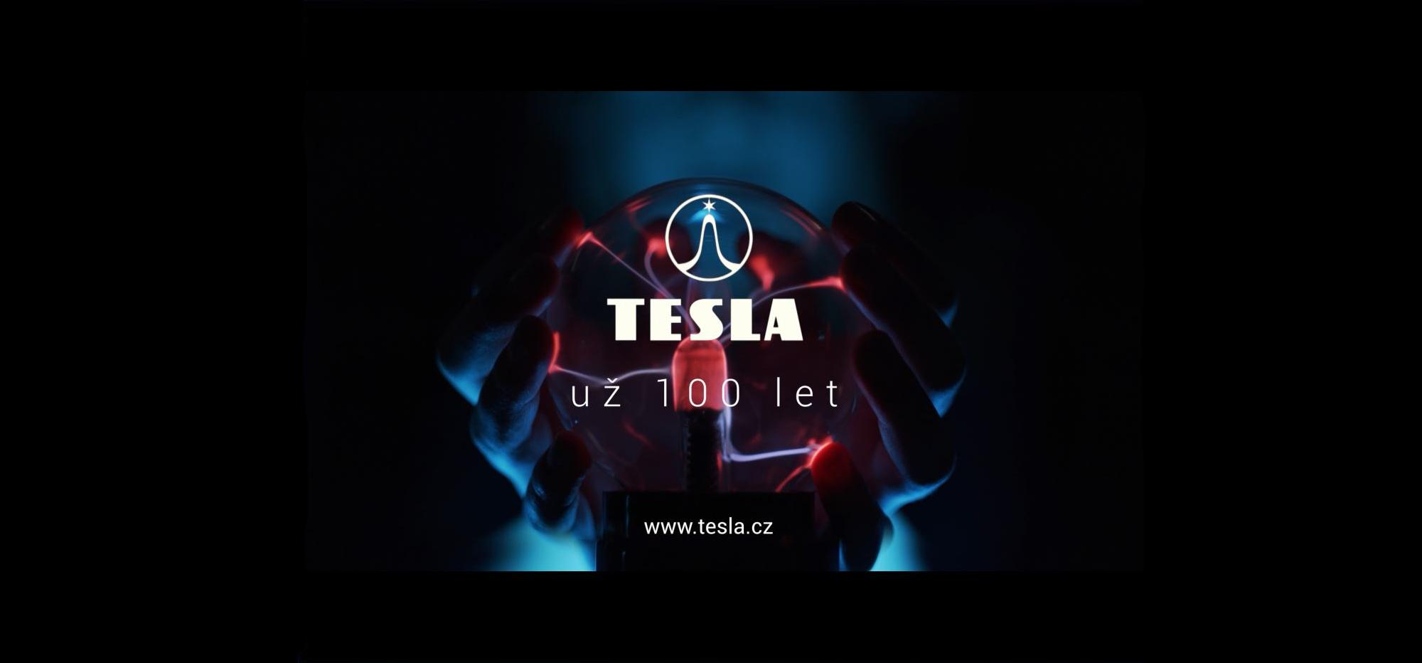 TESLA 100 let banner